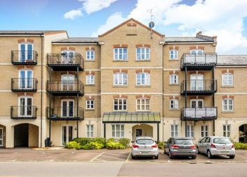 Thumbnail 2 bedroom flat for sale in Grand Central, Town Center Aylesbury