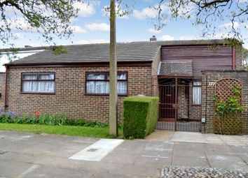 Thumbnail 2 bed bungalow for sale in Willowfield, Harlow