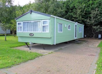 Thumbnail 2 bed mobile/park home for sale in Silverhill Holiday Park, Lutton Gowts, Lutton, Spalding, Lincolnshire