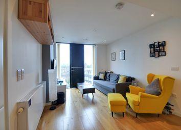 Walworth Road, London SE1. 1 bed flat