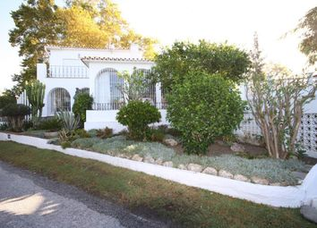 Thumbnail 3 bed villa for sale in Guadalmina Alta, Malaga, Spain