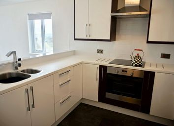 Thumbnail 1 bedroom flat to rent in Lower Warberry Road, Torquay