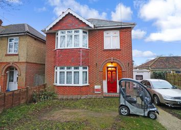 Thumbnail 3 bedroom detached house for sale in Lower St. Helens Road, Hedge End, Southampton