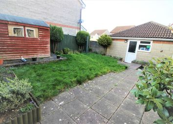 Thumbnail 4 bed property for sale in Locksgreen Crescent, Swindon