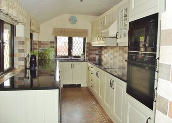 Thumbnail 3 bed cottage for sale in Mansfield Road, Underwood