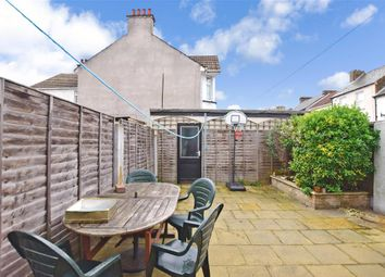 Thumbnail 4 bedroom terraced house for sale in Darnley Street, Gravesend, Kent