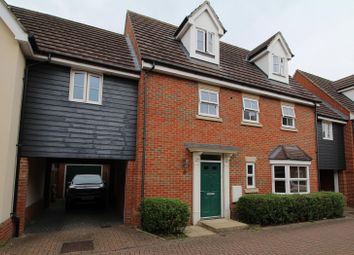 4 bed link-detached house for sale in Taylor Way, Great Baddow, Chelmsford, Essex CM2
