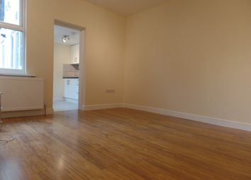 Thumbnail 1 bed flat to rent in Grove Road, Hounslow