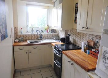 Thumbnail 1 bed flat to rent in Church Street, Torquay