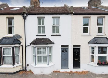 Thumbnail 2 bed cottage to rent in Robson Road, London