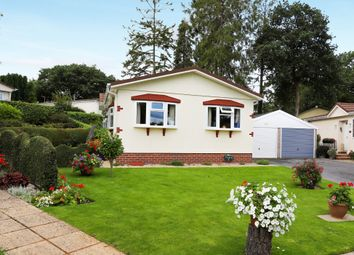 Thumbnail 2 bed mobile/park home for sale in Millwood, New Park, Bovey Tracey, Newton Abbot
