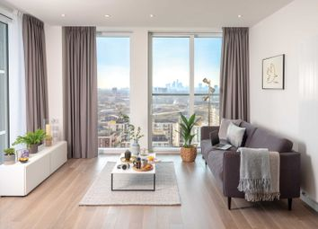 3 bed flat to rent in 2, East Park Walk, London E20