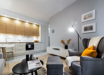 Thumbnail 1 bed flat for sale in Chartwell Square, Southend-On-Sea