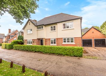 Charity View, Knowle, Fareham, Hampshire PO17. 5 bed detached house