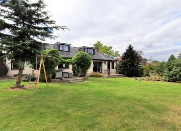 High Street, Roydon, Harlow CM19. 4 bed detached house