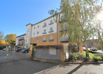 Thumbnail 2 bed flat for sale in Trafalgar Gardens, Crawley