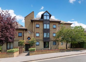 Thumbnail 2 bed flat for sale in Park Hill Rise, Croydon