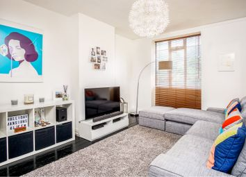 1 bed flat for sale in Pentonville Road, London N1