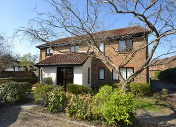 Thumbnail 1 bed flat to rent in Whitecroft, Horley