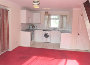 Thumbnail 2 bedroom property to rent in St Agnells Lane, Grovehill, Hemel Hempstead