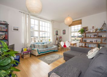 Thumbnail 1 bed flat to rent in Candlemakers, Battersea