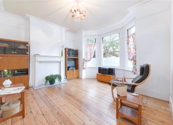 2 bed maisonette for sale in Helena Road, Walthamstow, London E17