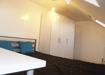 Thumbnail Room to rent in Roland Road, London