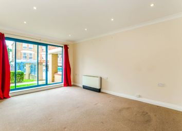 Thumbnail 1 bedroom flat for sale in Tottenham Lane, Crouch End
