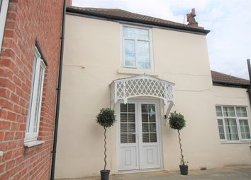 Thumbnail 1 bed flat to rent in Market Place, Tickhill, Doncaster