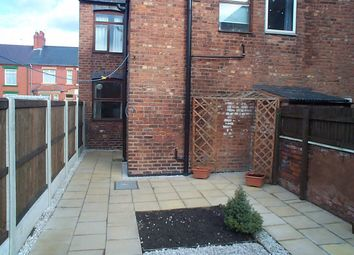 Thumbnail 1 bed flat to rent in Pierce Street, Queensferry, Deeside