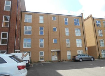 Thumbnail 2 bedroom flat for sale in Blake Avenue, Basildon, Essex