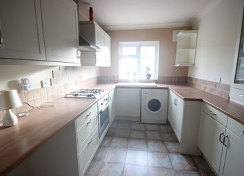 Thumbnail 3 bed flat to rent in Homesdale Road, Bromley