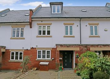 4 bed town house for sale in Blenheim Mews, Shenley, Radlett WD7
