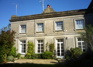 Thumbnail 2 bed flat for sale in Old Holbrook, Horsham