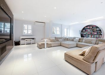 Thumbnail 6 bed end terrace house for sale in Claridge Court, Munster Road, London