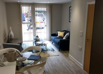 Thumbnail 1 bed flat to rent in Queensway, Southampton
