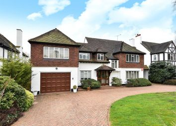 Thumbnail 5 bedroom detached house to rent in Beech Hill Avenue, Hadley Wood