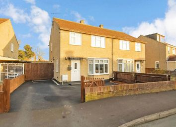 Waverley Avenue, Kidlington OX5. 3 bed semi-detached house