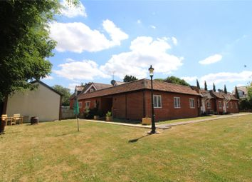 Thumbnail 2 bed flat for sale in Dundas Court, Faringdon