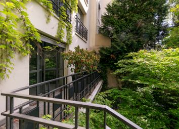 Thumbnail 4 bed property for sale in Neuilly Sur Seine, Paris, France