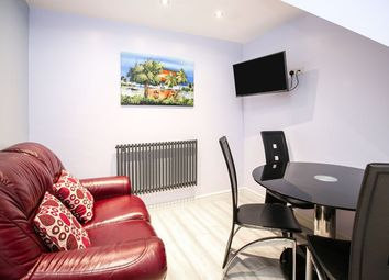 Thumbnail 2 bed property to rent in Park Avenue, Cheadle Hulme, Cheadle