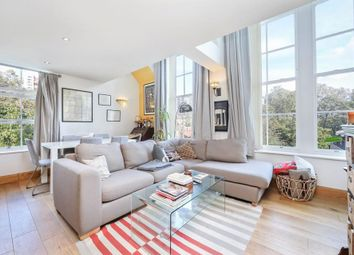 3 bed flat for sale in School Mews, London E1