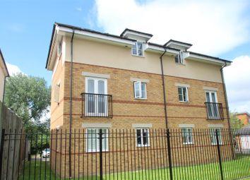 Thumbnail 2 bed flat for sale in Ebberns Road, Hemel Hempstead