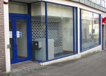 Thumbnail Retail premises to let in Howgate Shopping Centre, High Street, Falkirk