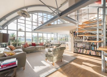 Thumbnail 4 bed flat to rent in Bankside Lofts, Hopton Street, London