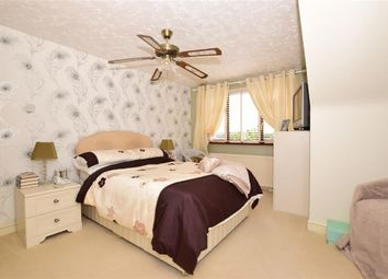 Thumbnail 3 bed bungalow for sale in Valley View, Greenhithe, Kent