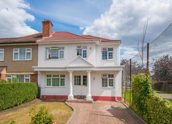Thumbnail Room to rent in Frogmore Avenue, Hayes