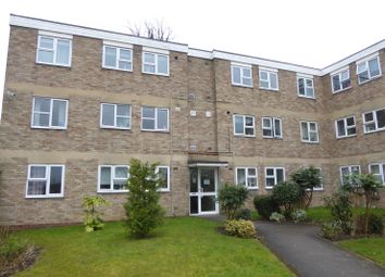 Thumbnail 2 bedroom flat to rent in Malvern Court, Addington Road, Reading