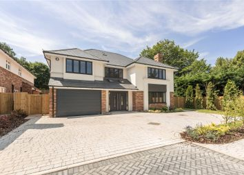 Thumbnail 6 bed detached house for sale in Fairway Close, Harpenden, Hertfordshire