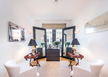 Thumbnail 1 bedroom flat for sale in Whitehouse Apartments, 9 Belvedere Road, London